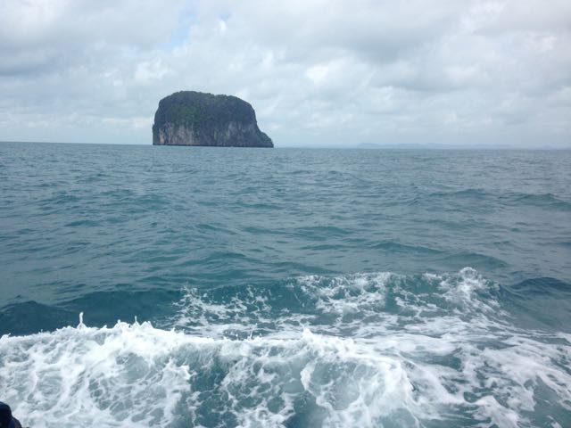 Shoe-shaped island